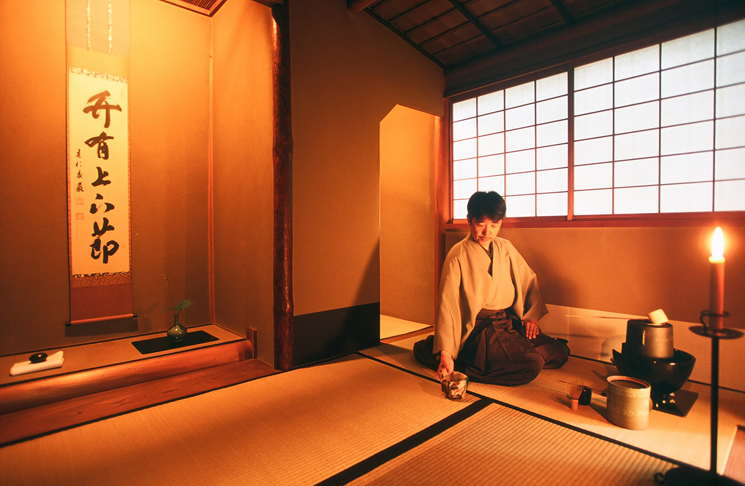 Tea ceremony (3)_VillegaMag_Masae_Hara_for_Beniya_Mukayu_Japan
