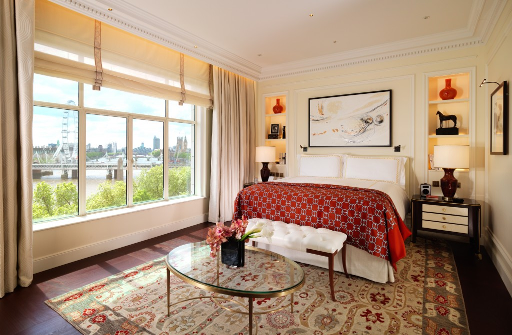 SVY-589 The Savoy Suite Bedroom