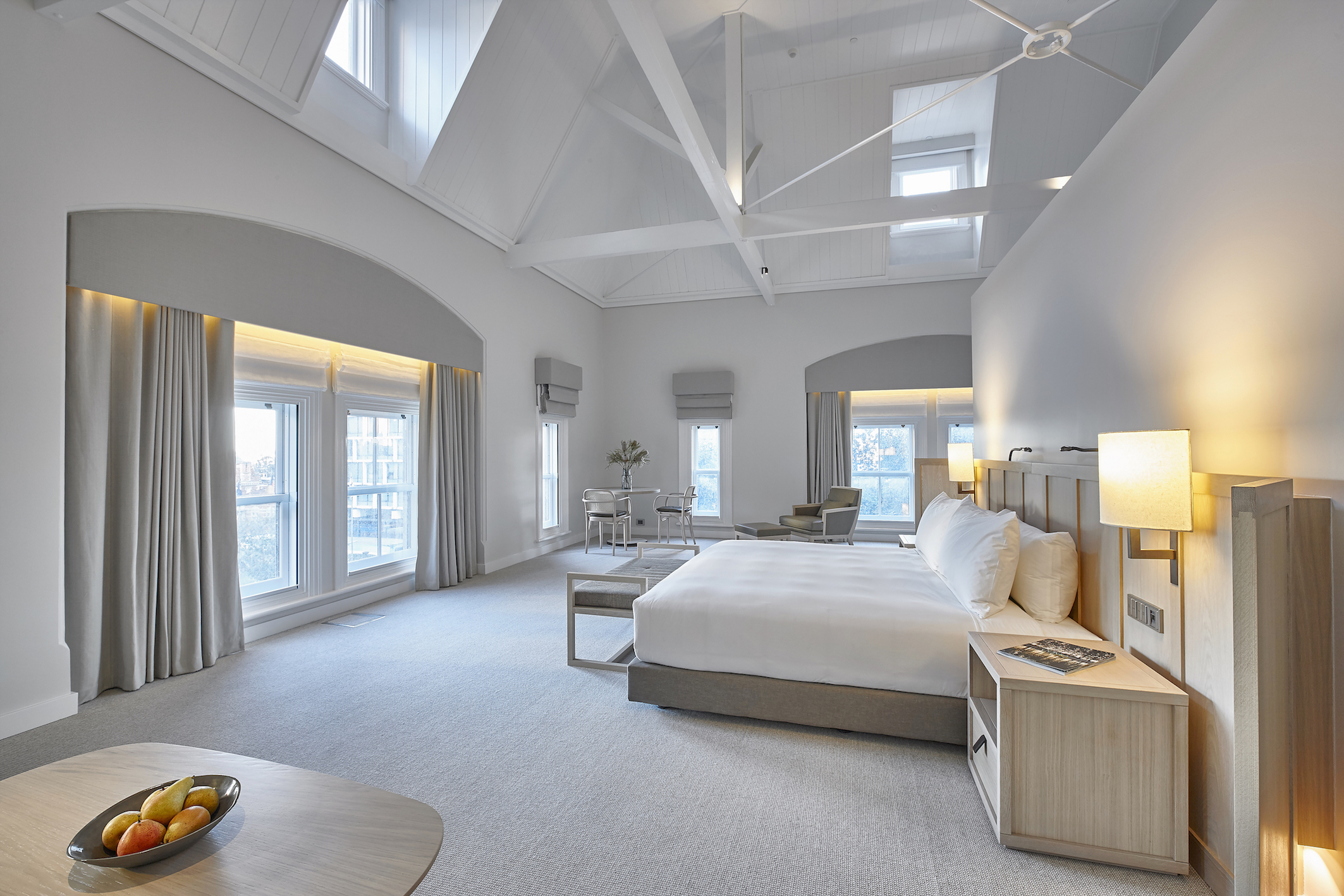 High ceilings and large windows flooding your suite with light, are distinct features of Como The Treasury, Perth.